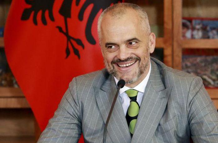Global Emotions 2018: Албания - одна из самых позитивных стран в мире