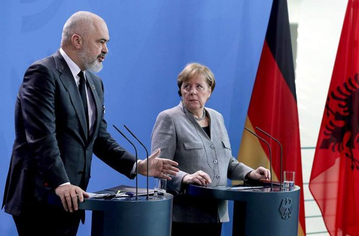 Меркель: переговоры о вступлении Албании в ЕС нужно начать в марте