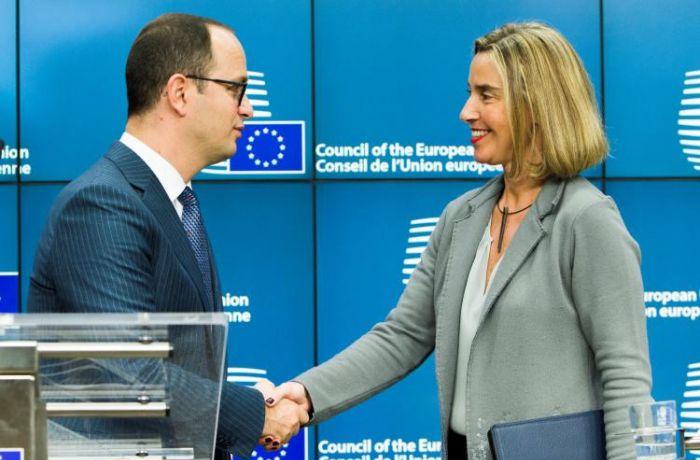 Албания ожидает начала переговоров о вступлении в ЕС в апреле 2018 года
