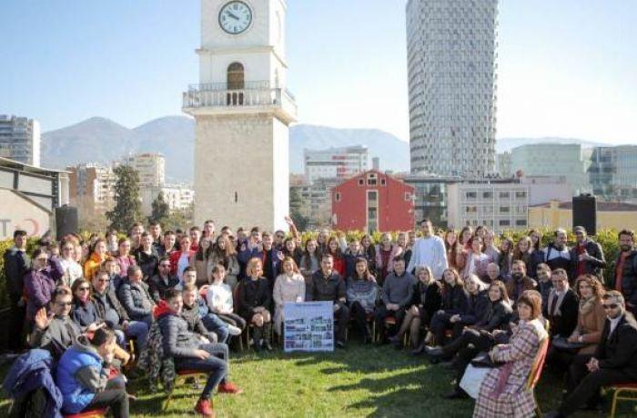 В столице Албании больше туристов, чем жителей