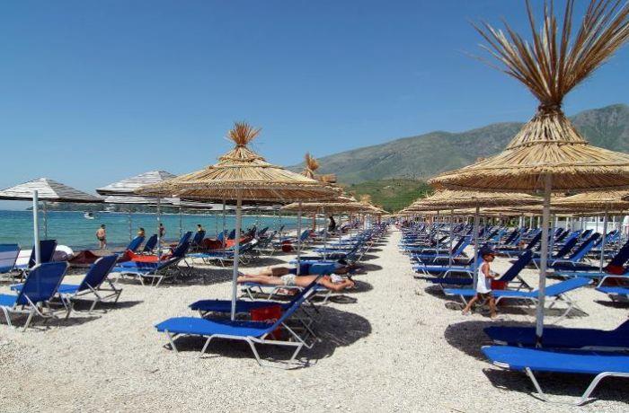 Reuters: Албания привлекает все больше туристов, но реформа системы правосудия задерживает переговоры с ЕС