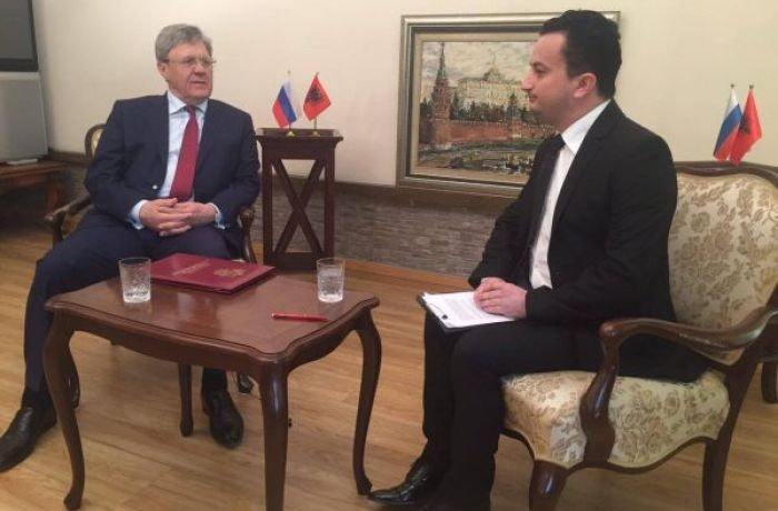 Посол РФ в Албании Карпушин дал интервью албанскому телеканалу News 24