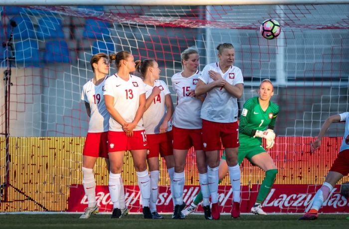 Сборная Албании по футболу сыграла с командой Польши вничью со счетом 1-1