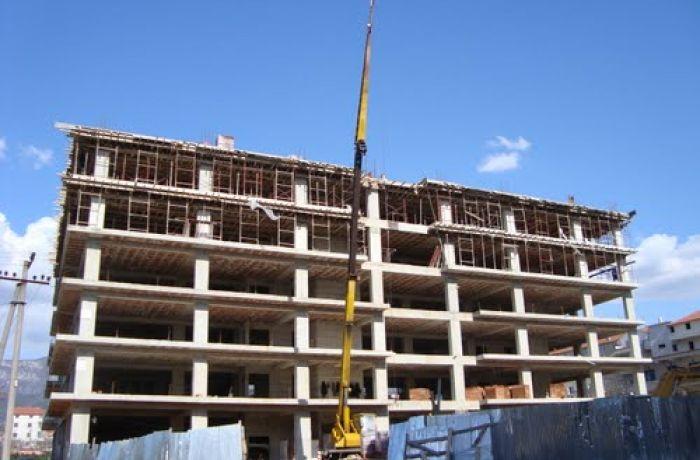 Высокая активность строителей может привести к падению цен на недвижимость в Албании