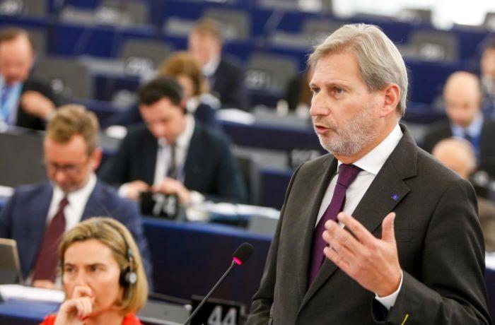 Йоханнес Хан: рекомендация открыть переговоры о евроинтеграции с Албанией поступит в мае