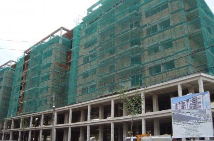 Недвижимость в Албании: 74% инвестиций албанцев приходится на строительство