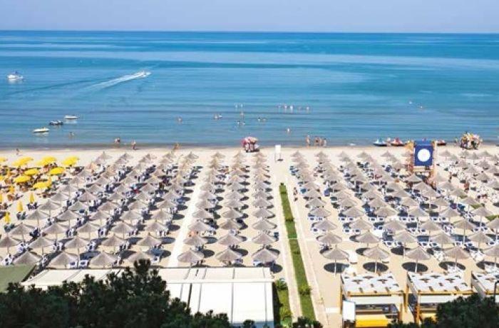 В Албании туроператоры попросили правительство не временить с открытием границ
