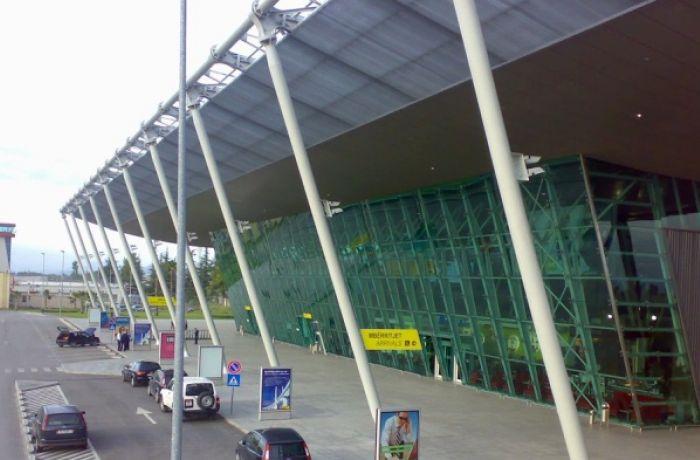 Поток туристов через международный аэропорт Албании удвоился в мае-июне 2018 года