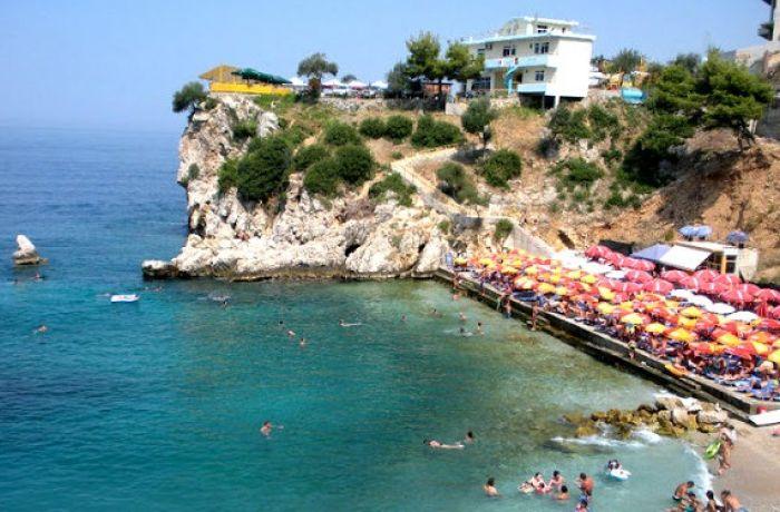 Роскошный отель на 180 номеров на юге Албании за 2 года построят итальянцы из Alpitour