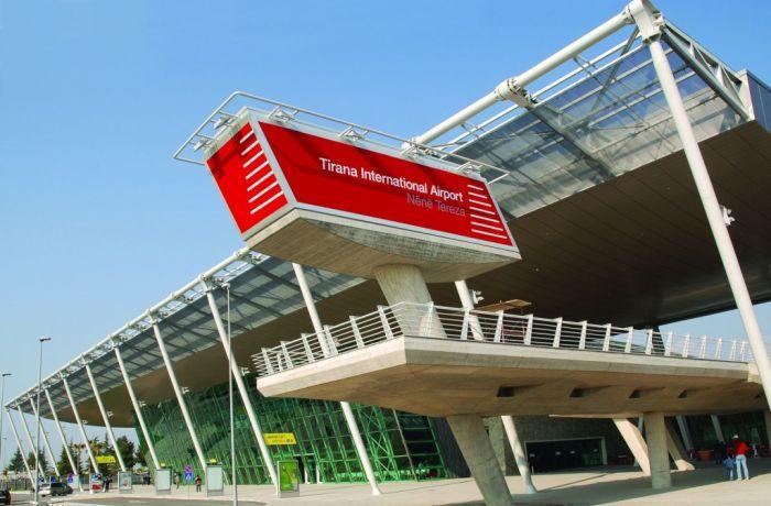 Авиасообщение между Грецией и Албанией возобновляется 15 июня