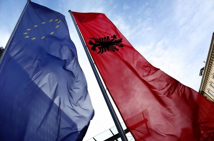 Вступить в ЕС Албании поможет реформа избирательной системы