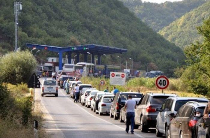 Черногория закрывает сухопутные границы с Албанией