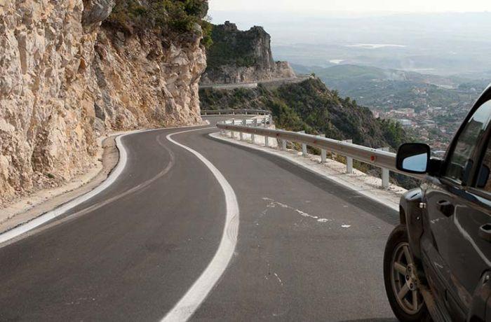 Число дорожно-транспортных происшествий в Албании снизилось в июне