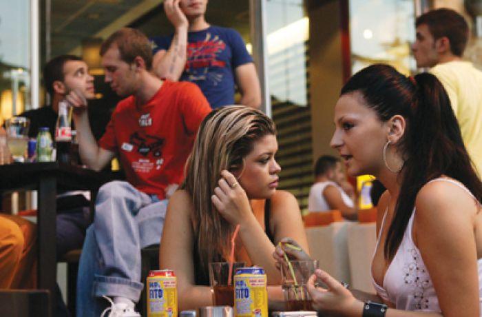 Исследование: чем обеспокоены молодые албанцы?