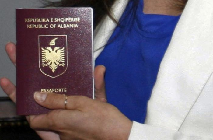 Как США: Албания будет выдавать гражданство по праву почвы?