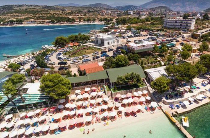 Отдых в Албании 2019: полиция освобождает незаконно занятые пляжи