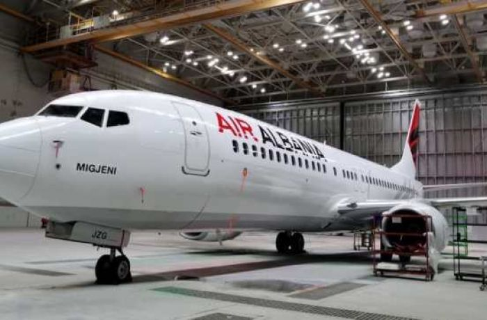 Авиапарк Air Albania пополнил еще один самолет