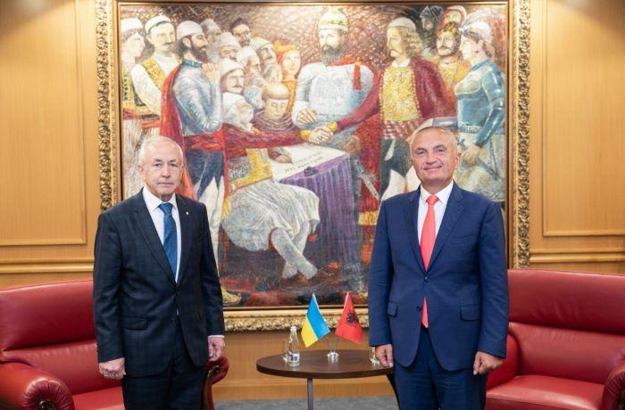 Президент Албании встретил первого посла Украины в Тиране