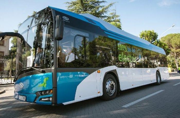 В албанской столице Тиране будут использоваться только электрические автобусы
