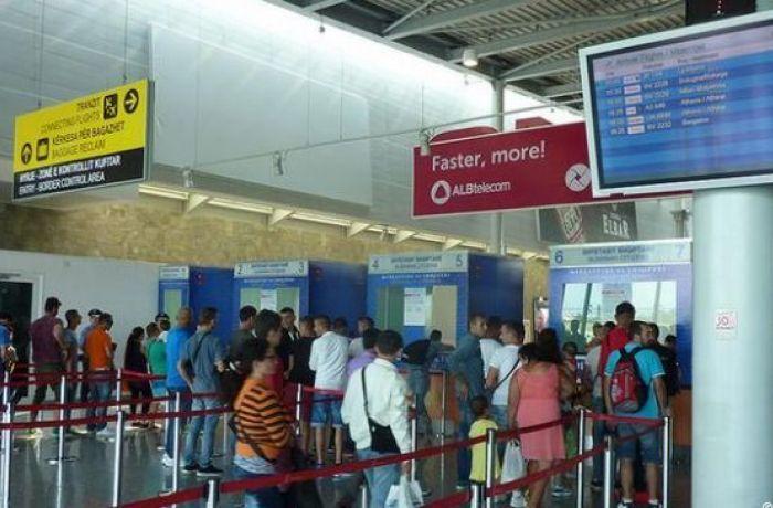 Отдых в Албании 2018: число авиапассажиров чартерных рейсов в сентябре выросло на 61%