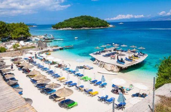 Албания вошла в топ-10 лучших курортов 2019 года по версии Booking.com