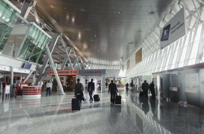 Хотите арендовать коммерческую недвижимость в Албании в месте с высокой проходимостью? Как насчет аэропорта?