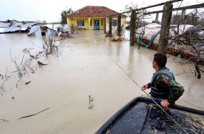 Албания застрахует домашние хозяйства и предприятия от наводнений