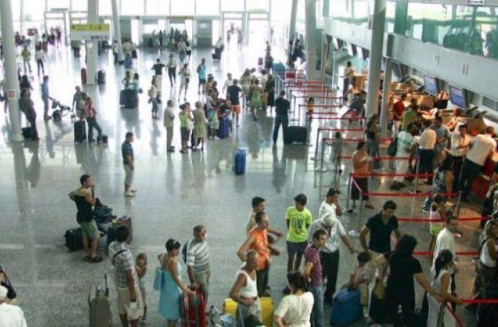 Отдых в Албании 2019: когда произойдет снижение цен на авиабилеты в аэропорту Ринас?