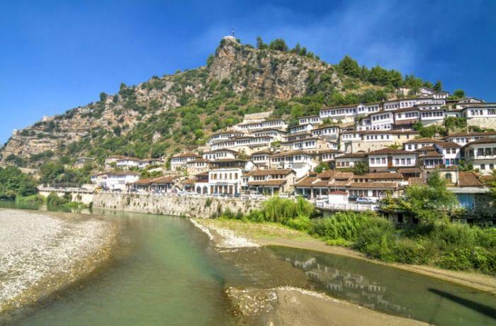 Более 6,1 млн. иностранцев посетили Албанию за первые 11 месяцев 2019 года