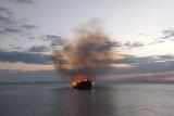В Албании сгорел туристический прогулочный корабль, пострадавших нет